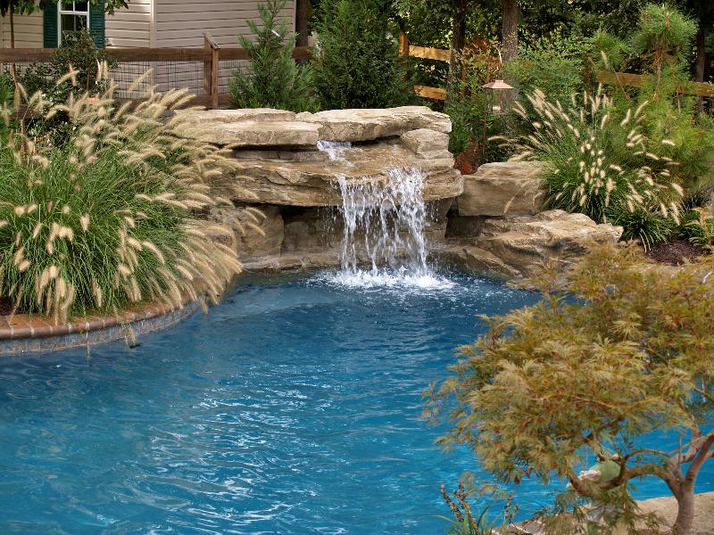 Cascada para jardin y piscinas artificiales cascadasyrocas for Cascada estanque