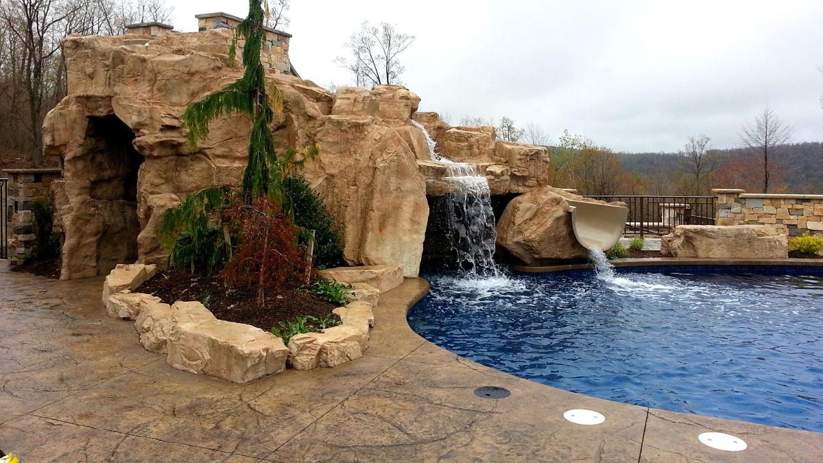 acceso profesional distribuidores piscina con cascada artificial para acceso profesional