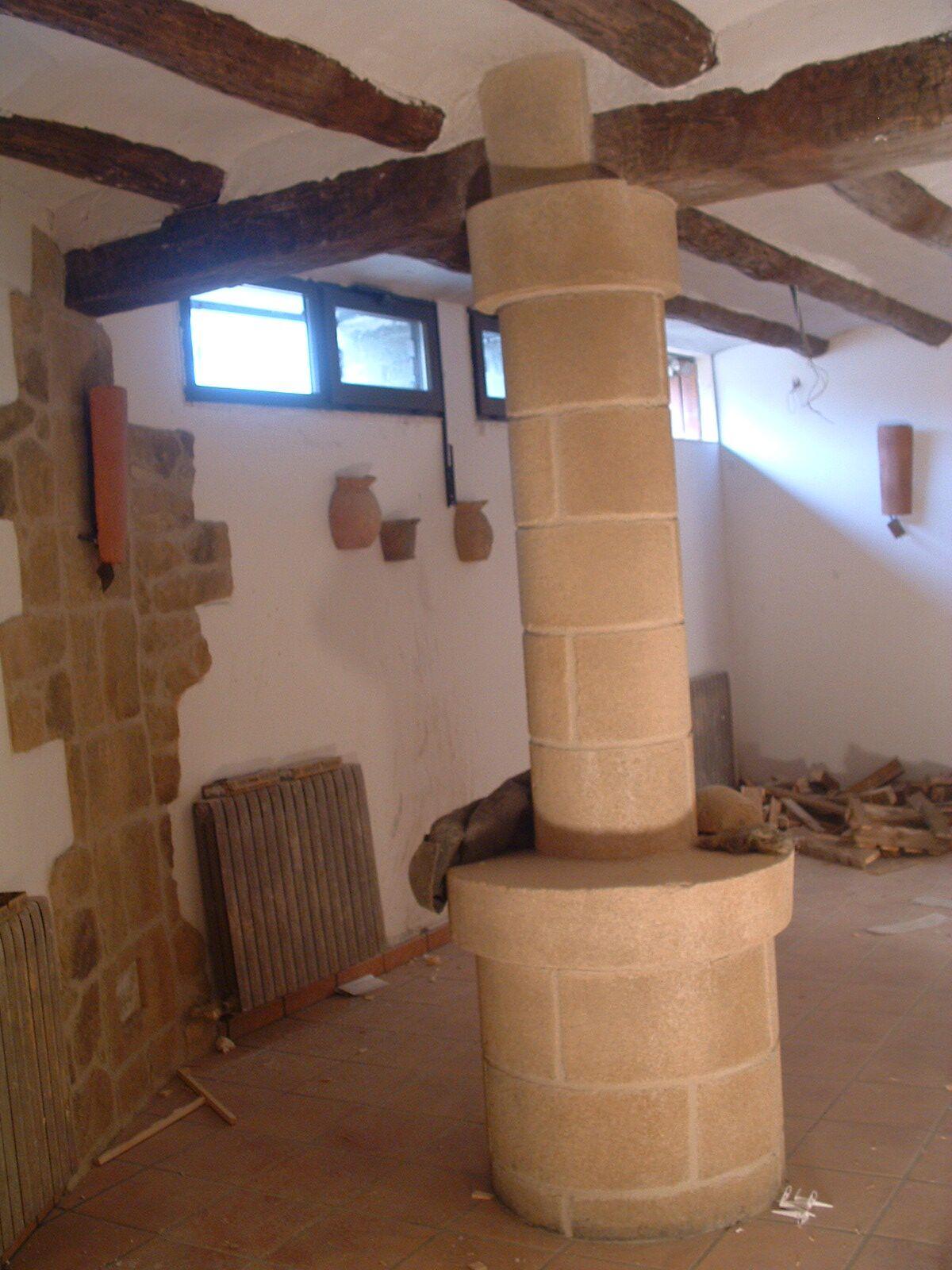 Bodegas tematizadas con piedra artificial estecha group - Decoracion de bodegas caseras ...
