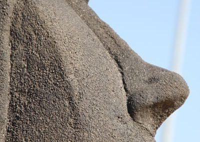 Detalle-moai-piedra-artificial
