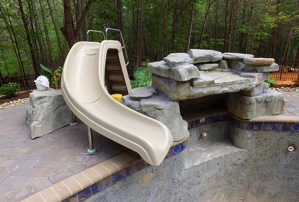 Accesorios para piscina ludica para disfrutar de tu espacio for Accesorios para piscinas