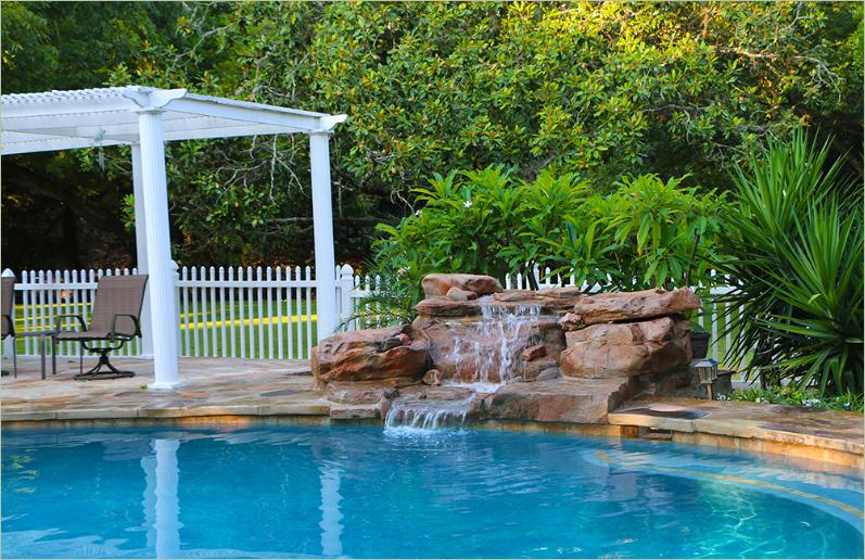 Acabado de cascadas artificiales la clave del xito for Cascadas artificiales para piscinas