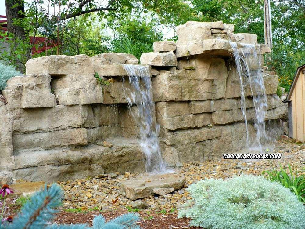 Cascadas artificiales en jardín diseño