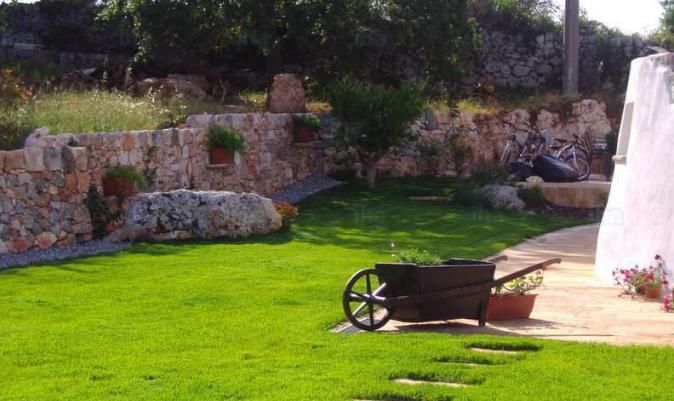 decoración jardín con piedras